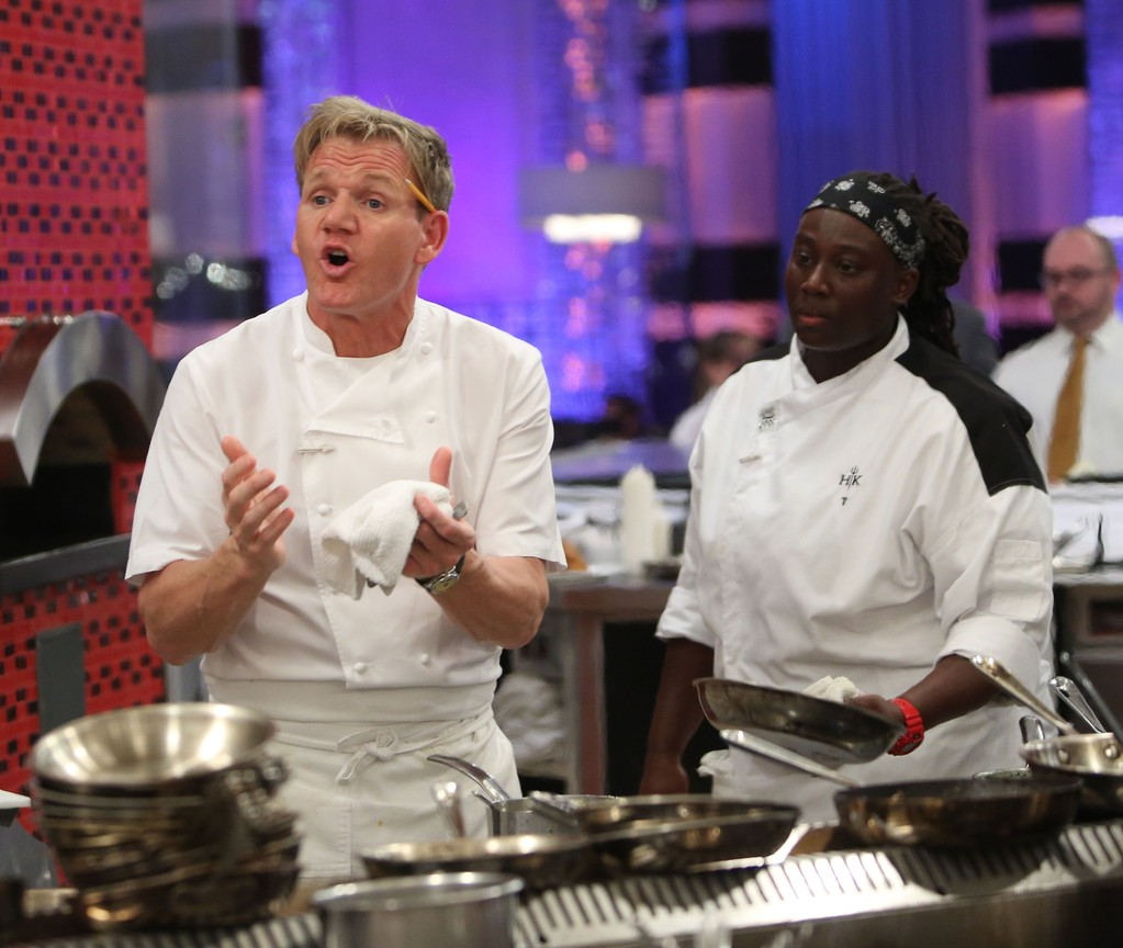 Hell's Kitchen - Season 14 Episode 13: 6 Chefs Compete