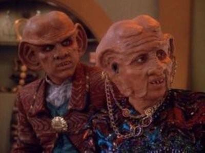 Star Trek: Deep Space Nine - Season 3 Episode 23: Family Business