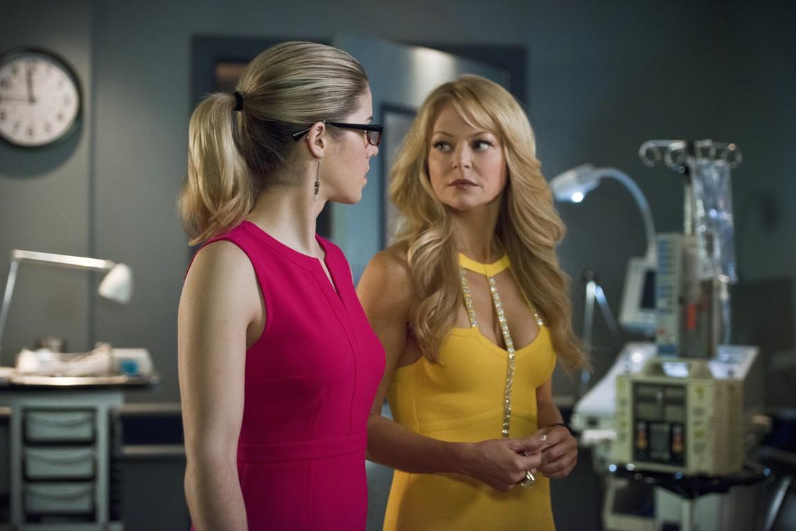 Arrow - Season 3 Episode 18: Public Enemy