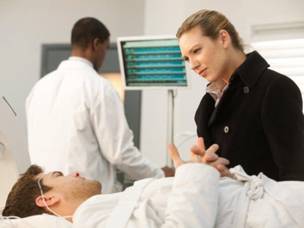 Fringe - Season 3 Episode 11: Reciprocity