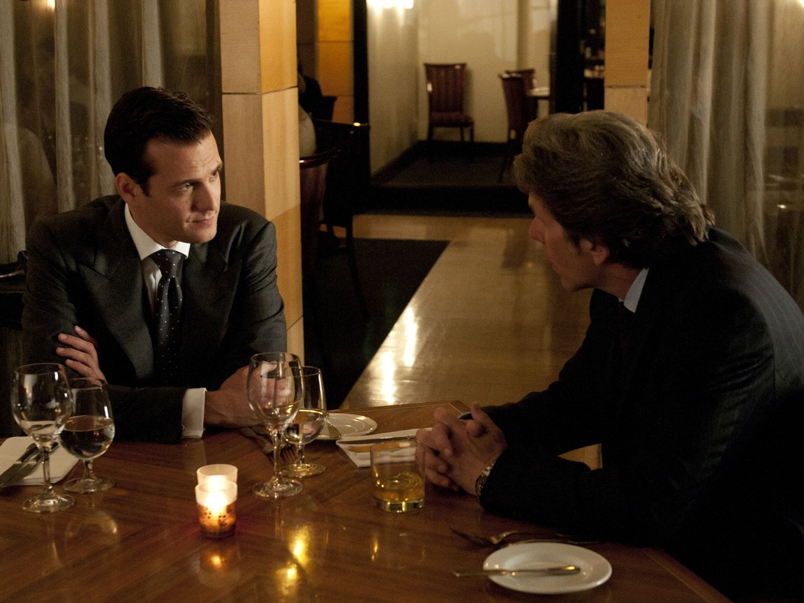 Suits - Season 1 Episode 11: Rules Of The Game