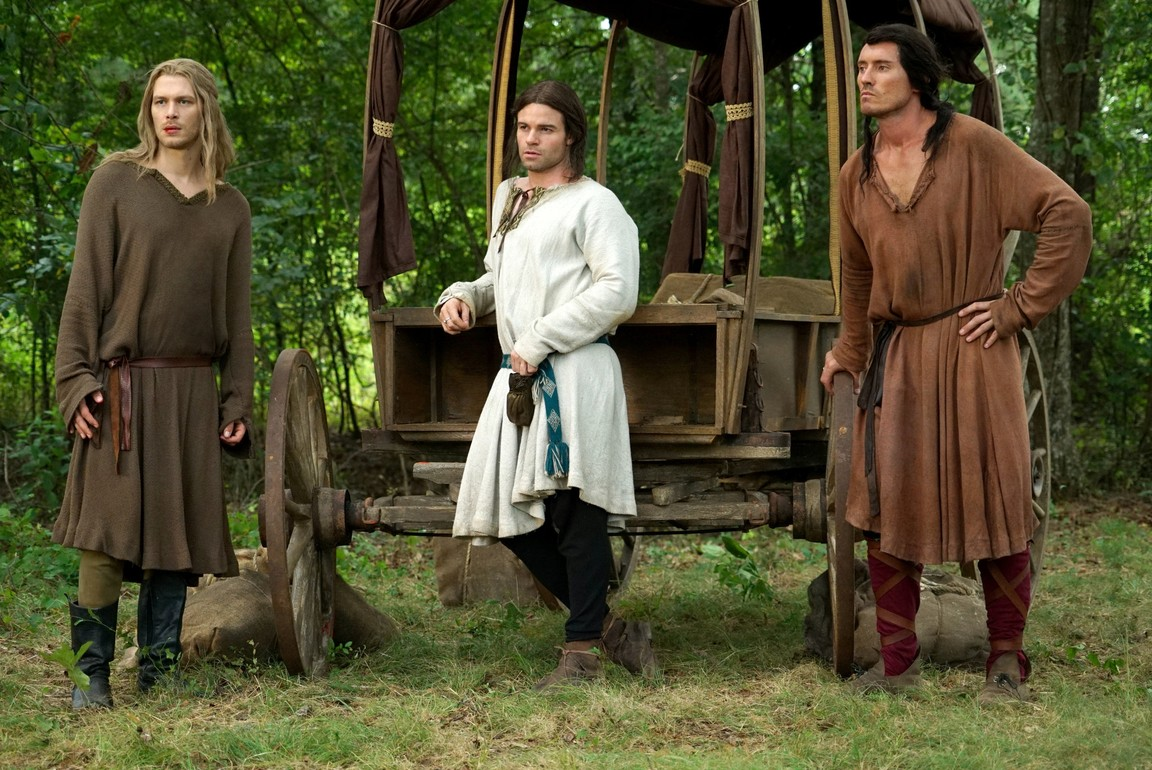 The Originals - Season 3 Episode 01: For the Next Millennium