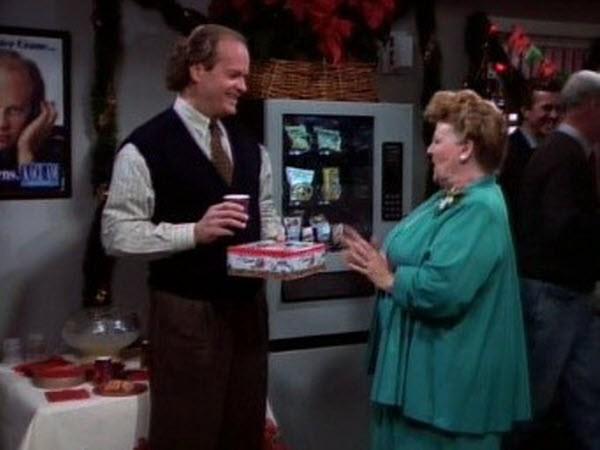 Frasier - Season 1 Episode 12: Miracle on Third or Fourth Street