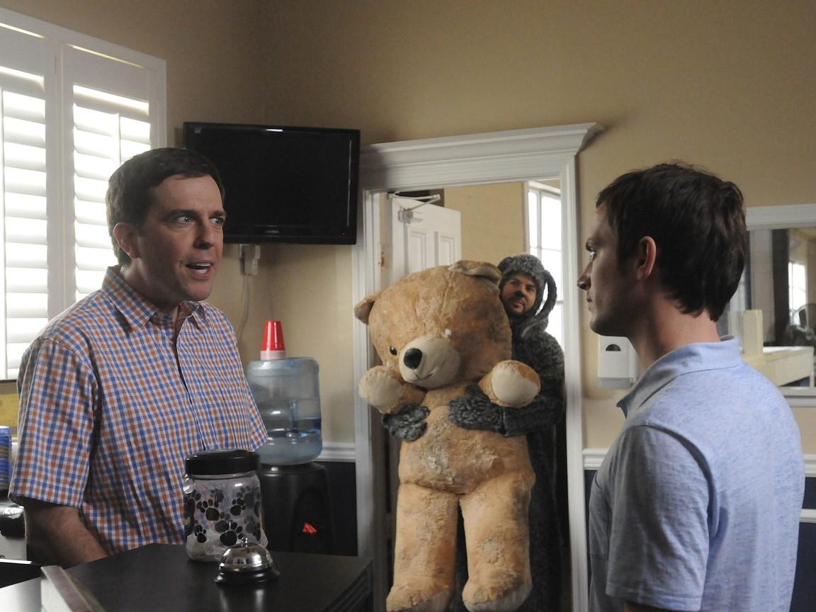 Wilfred (US) - Season 1 Episode 04: Acceptance