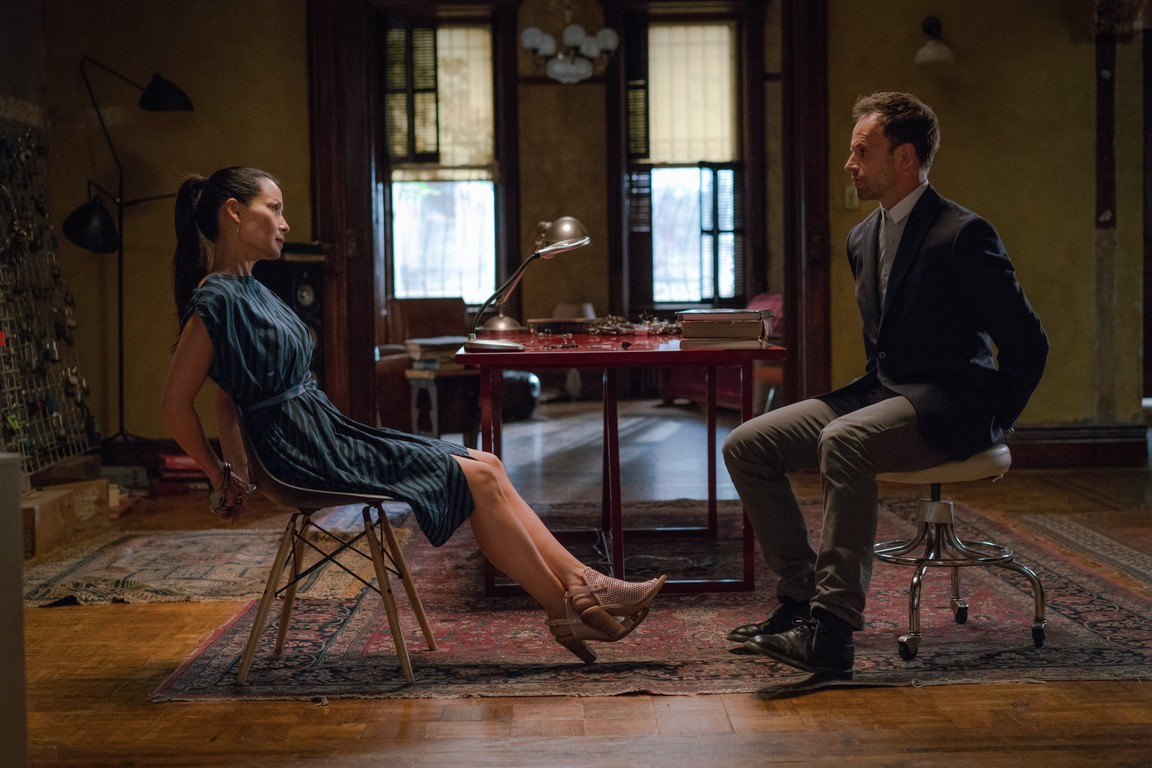 Elementary - Season 4 Episode 04: All My Exes Live in Essex