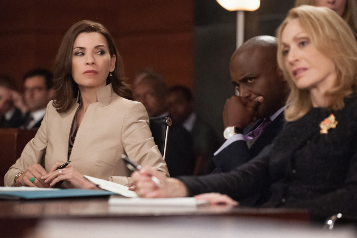 The Good Wife - Season 6 Episode 5: Shiny Objects