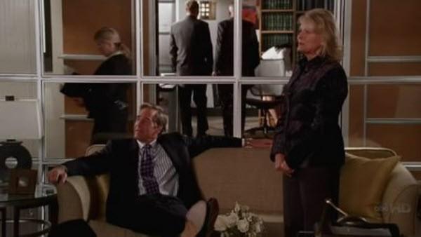 Boston Legal - Season 4 Episode 13: Glow In The Dark