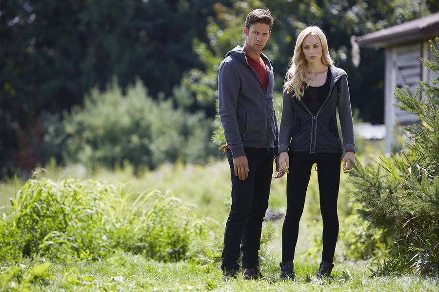 Bitten - Season 2 Episode 01: Bad Blood