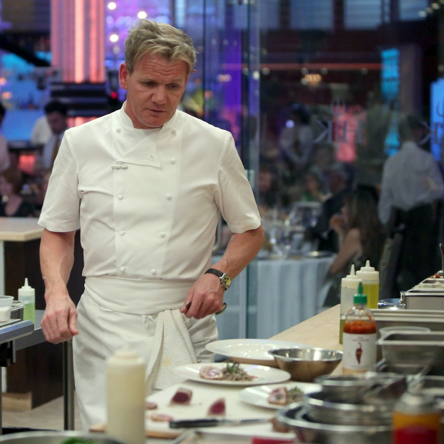 Hell's Kitchen - Season 14 Episode 15: 4 Chefs Compete