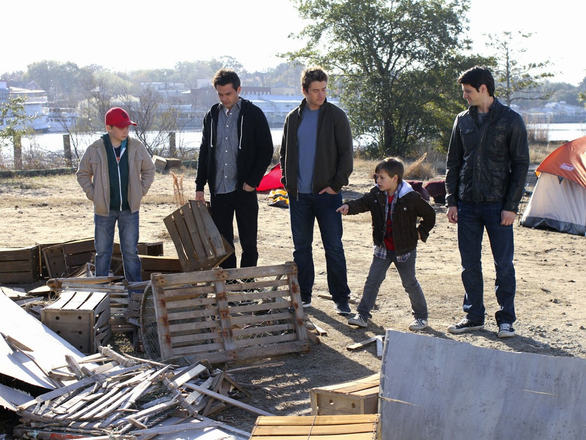 One Tree Hill - Season 8 Episode 21: Flightless Bird, American Mouth