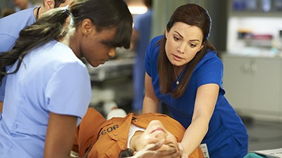 Saving Hope - Season 2 Episode 05: The Face of the Giant Panda