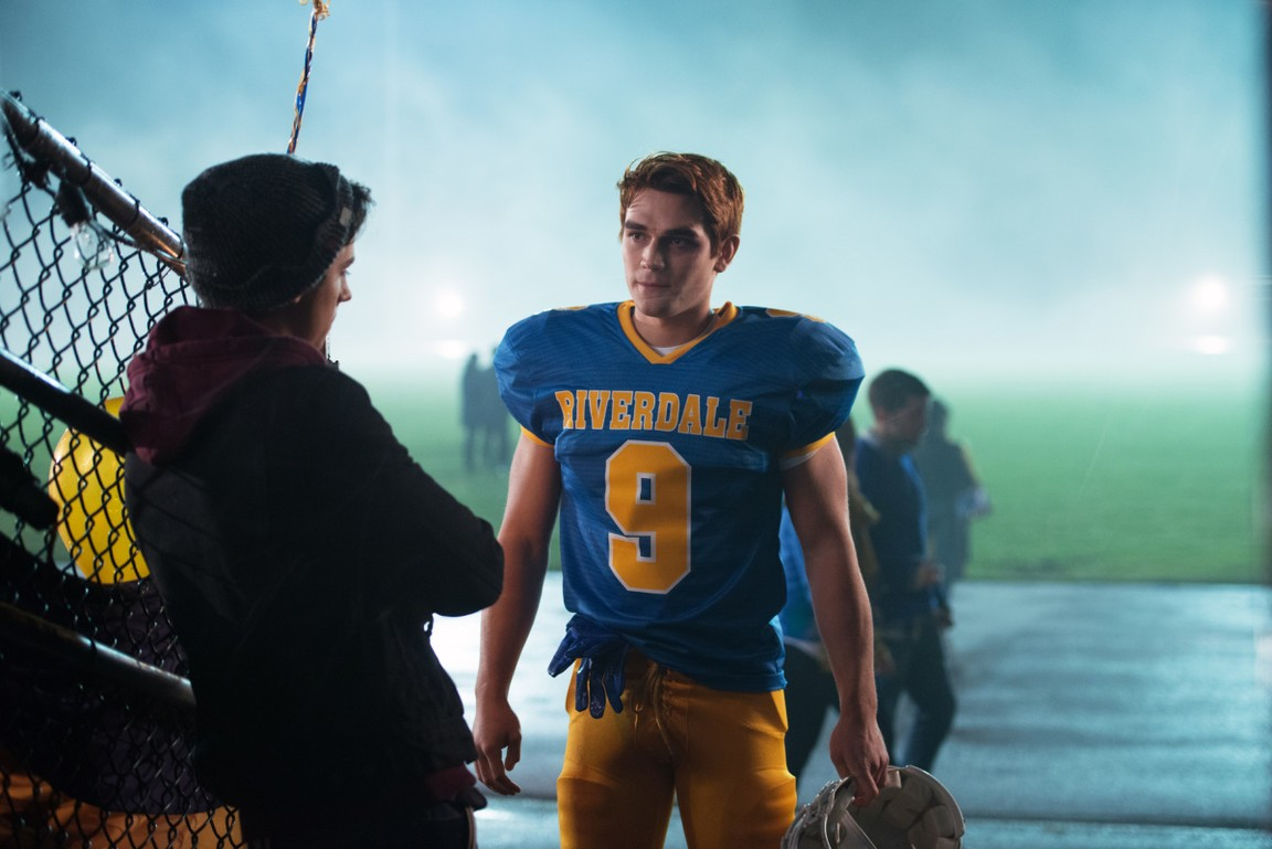Riverdale - Season 1 Episode 02: Chapter Two: A Touch of Evil