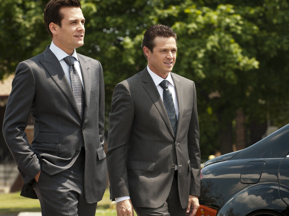 Suits - Season 1 Episode 09: Undefeated
