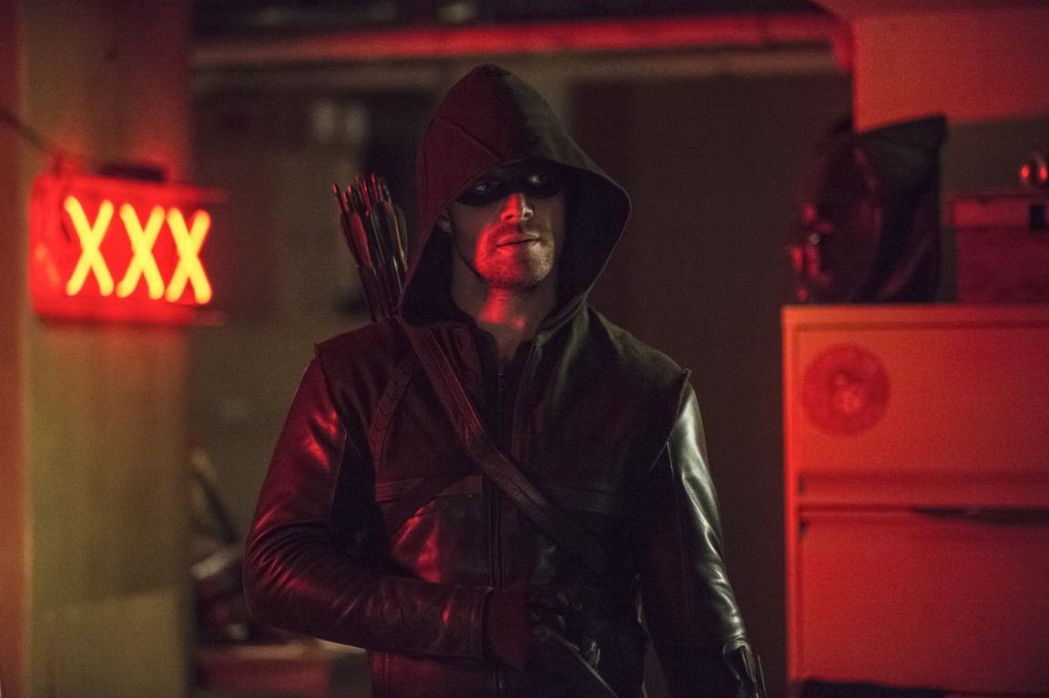 Arrow - Season 3 Episode 08: The Brave and the Bold