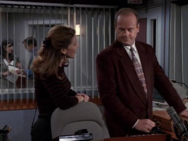 Frasier - Season 4 Episode 02: Love Bites Dog