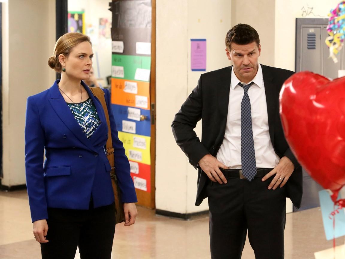 Bones - Season 10 Episode 12: The Teacher in the Books