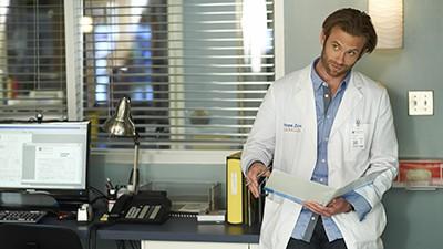 Saving Hope - Season 2 Episode 14: 43 Minutes