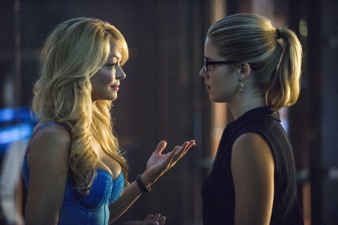 Arrow - Season 3 Episode 05: The Secret Origin of Felicity Smoak