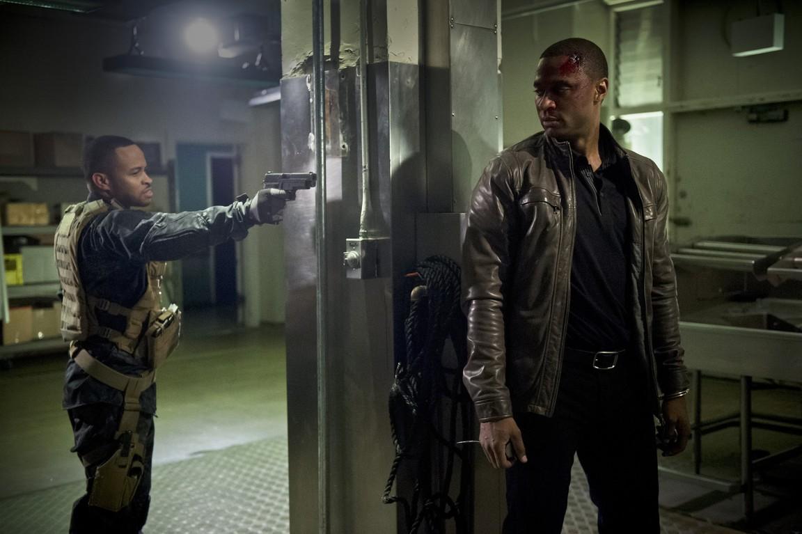 Arrow - Season 4 Episode 20: Genesis