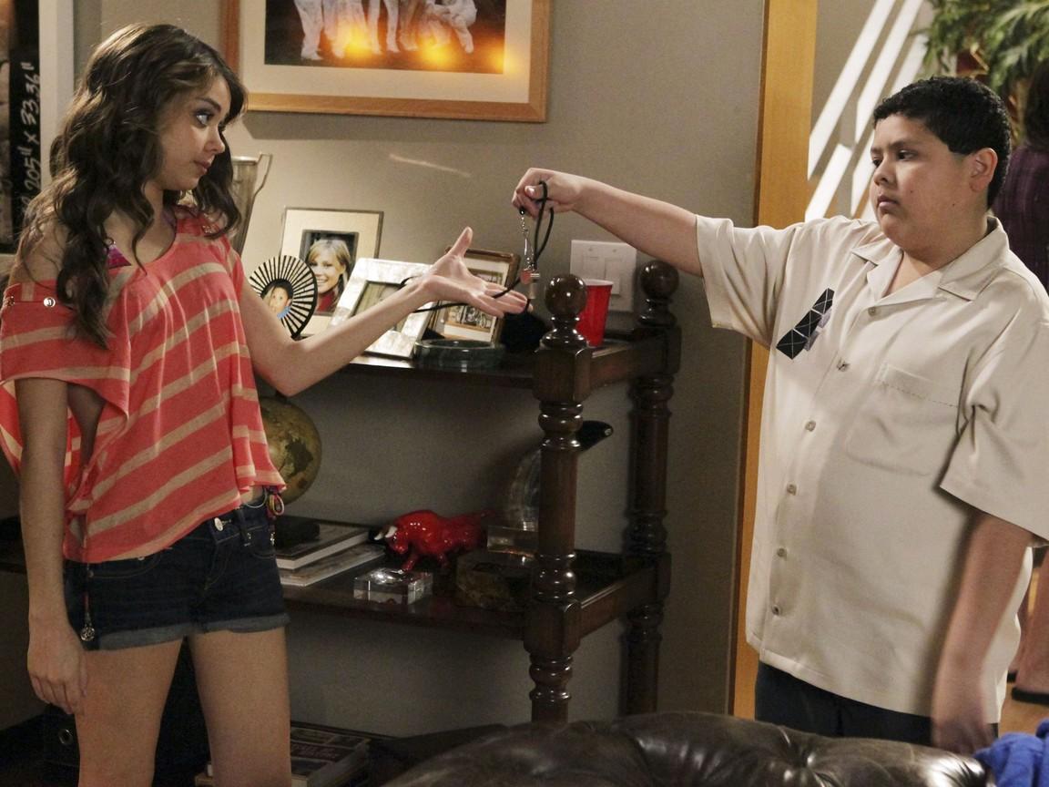 Modern Family - Season 3 Episode 20: The Last Walt