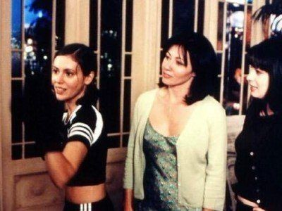 Charmed - Season 1 Episode 16: Which Prue Is It, Anyway?