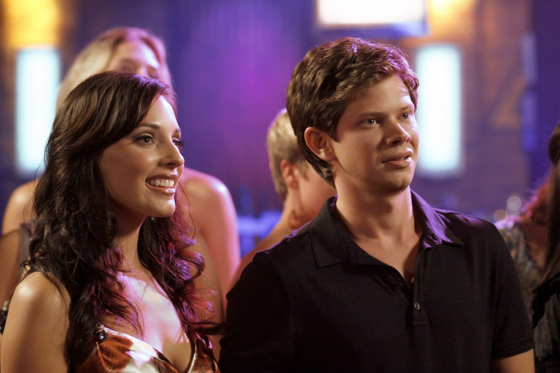 One Tree Hill - Season 7 Episode 9: Now You Lift Your Eyes to the Sun