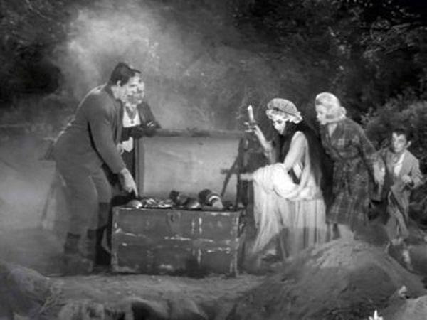 The Munsters - Season 2 Episode 14: The Treasure of Mockingbird Heights