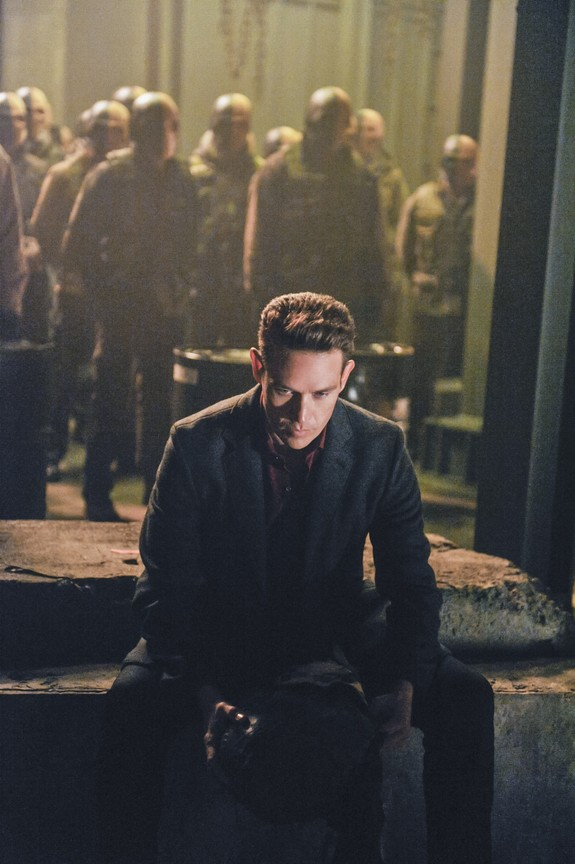 Arrow - Season 2 Episode 21: City of Blood