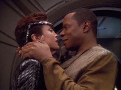 Star Trek: Deep Space Nine - Season 3 Episode 19: Through The Looking Glass