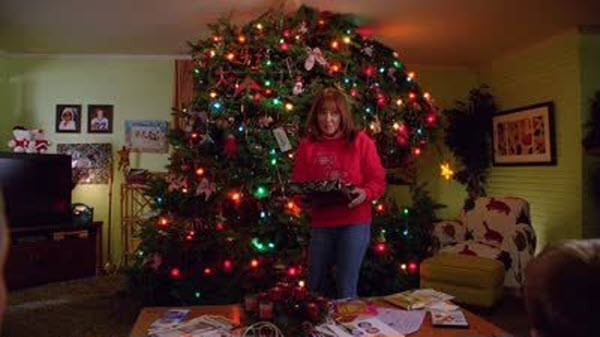 The Middle - Season 5 Episode 09: The Christmas Tree