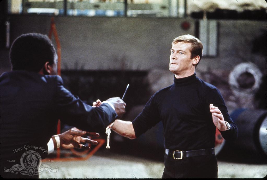 Live And Let Die (james Bond 007)