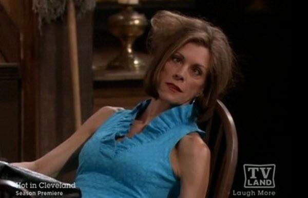 Hot in Cleveland - Season 2 Episode 11: Where's Elka